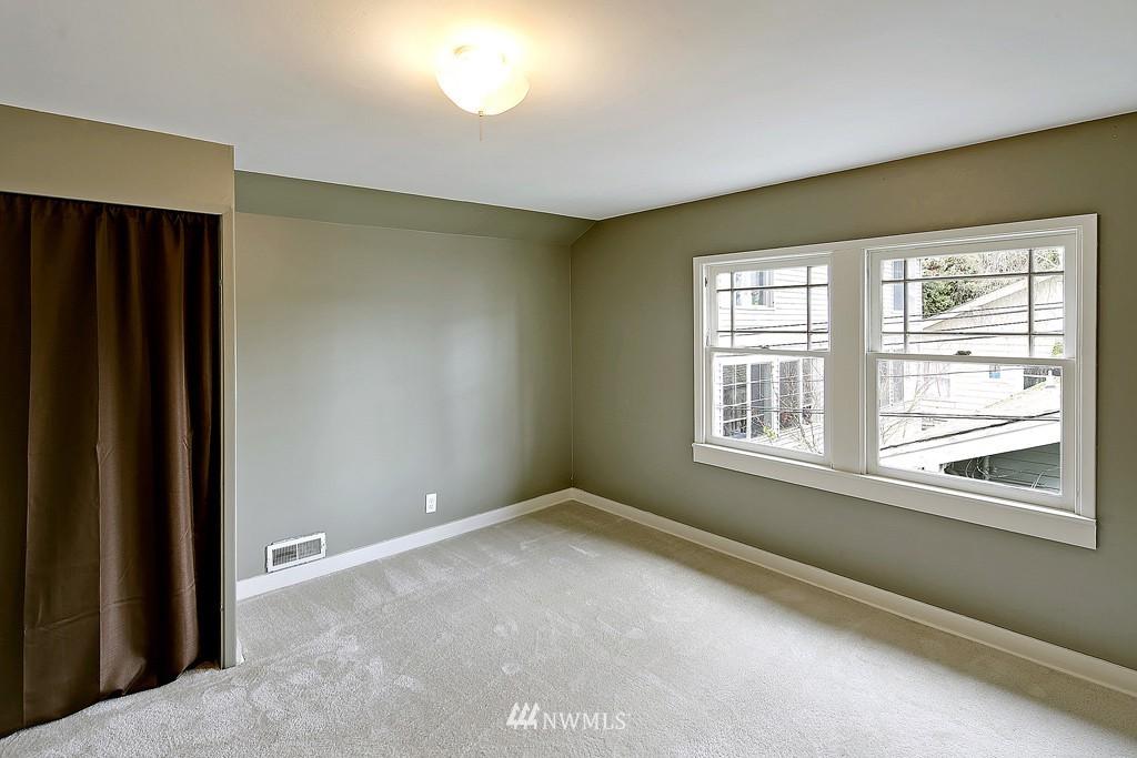Sold Property | 7537 11th Avenue NE Seattle, WA 98115 12