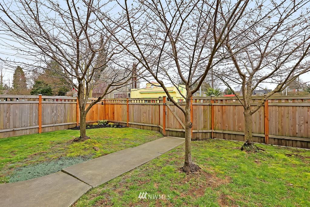 Sold Property | 7537 11th Avenue NE Seattle, WA 98115 14
