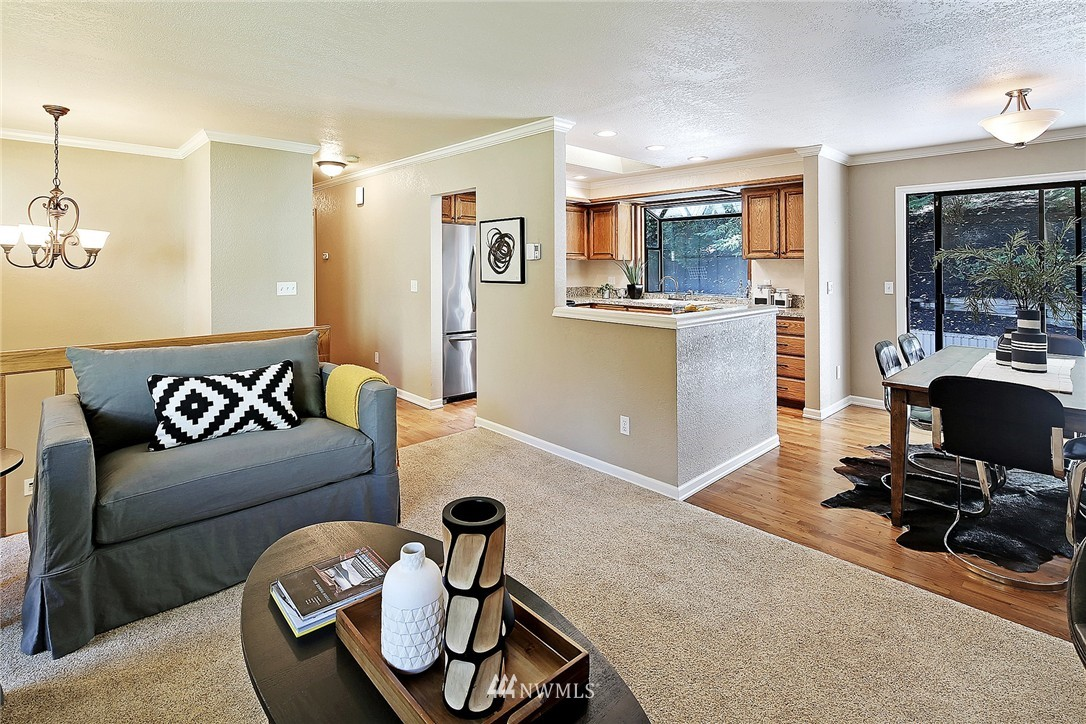 Sold Property   21120 Pioneer Way Edmonds, WA 98026 6