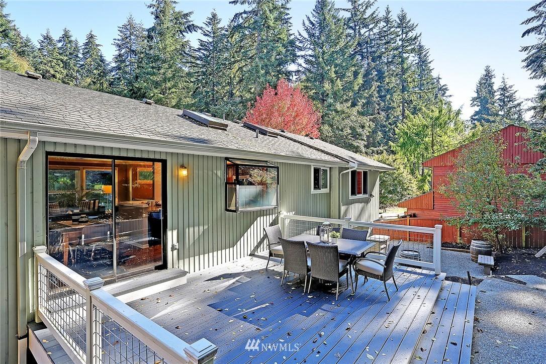 Sold Property   21120 Pioneer Way Edmonds, WA 98026 8