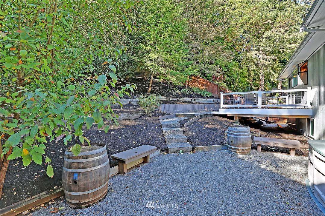 Sold Property   21120 Pioneer Way Edmonds, WA 98026 19