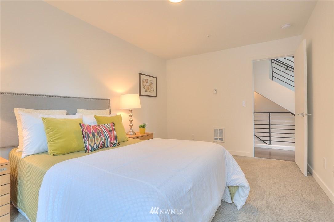 Sold Property | 5755 NE 63rd Street Seattle, WA 98115 13