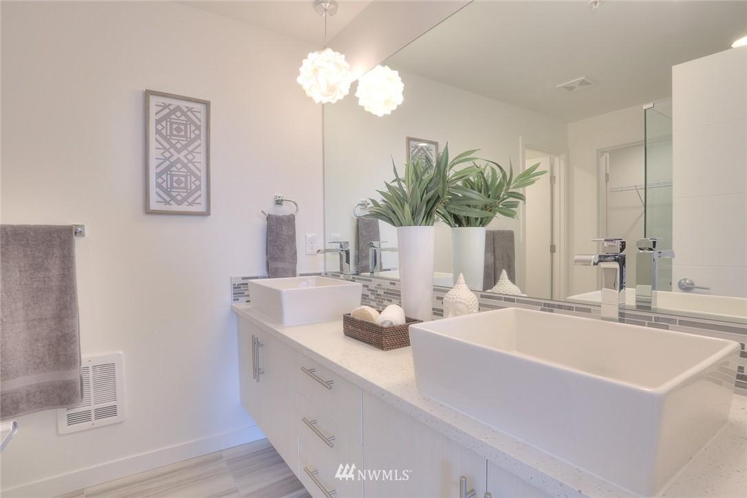 Sold Property | 5755 NE 63rd Street Seattle, WA 98115 17