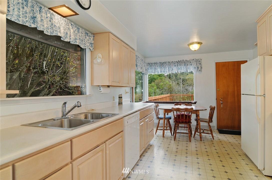 Sold Property | 4707 Meadow Lane Everett, WA 98203 7