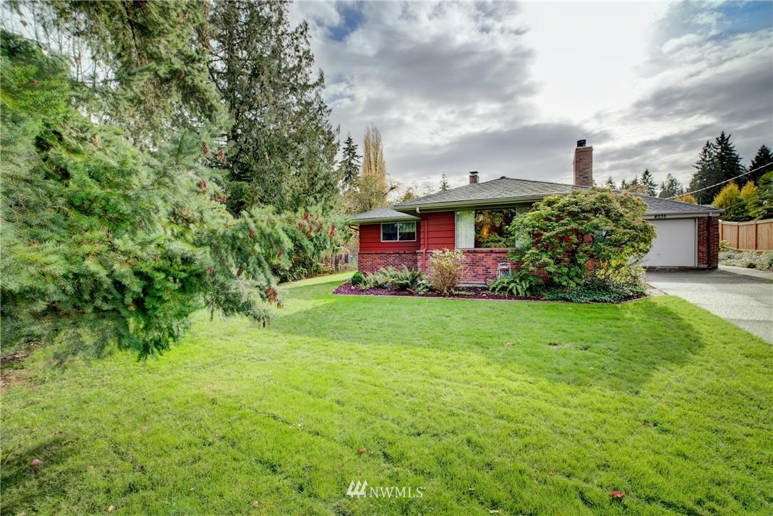 Sold Property   4035 NE 95th Street Seattle, WA 98115 1