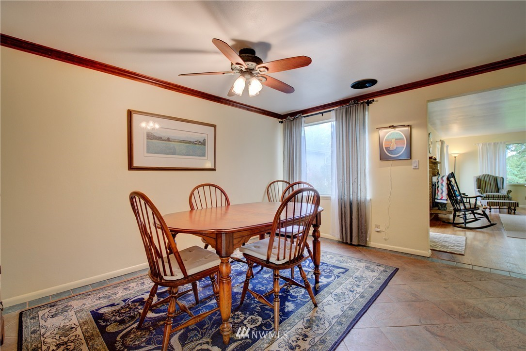 Sold Property   4035 NE 95th Street Seattle, WA 98115 6