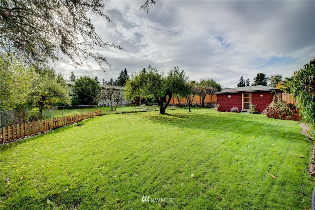 Sold Property   4035 NE 95th Street Seattle, WA 98115 19