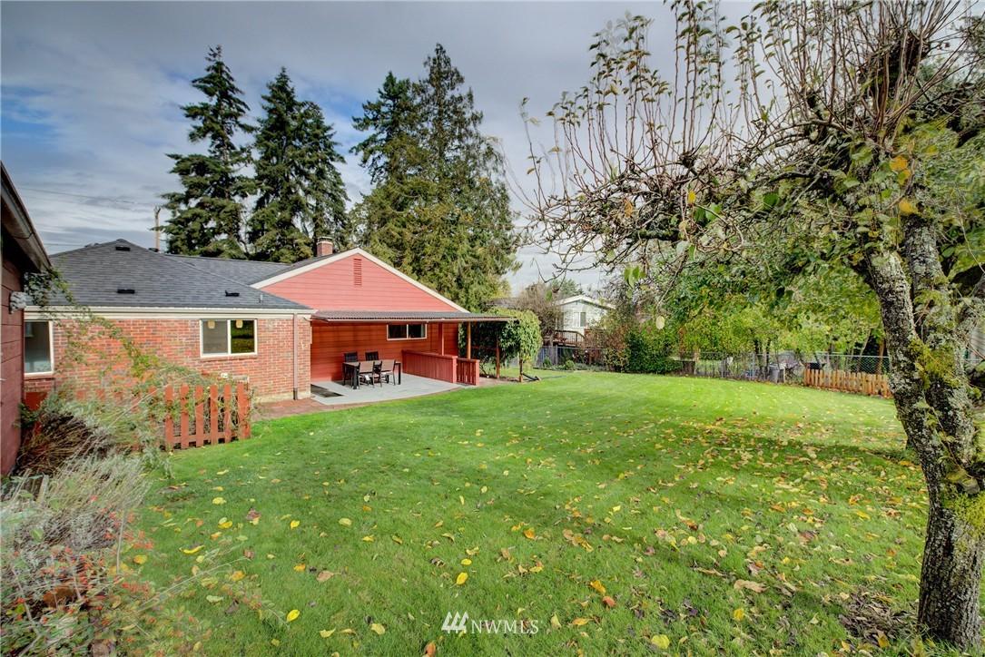 Sold Property   4035 NE 95th Street Seattle, WA 98115 22