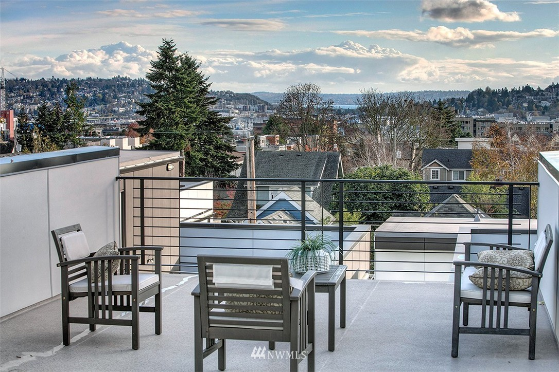 Sold Property   2353 NW 65th Street Seattle, WA 98117 23