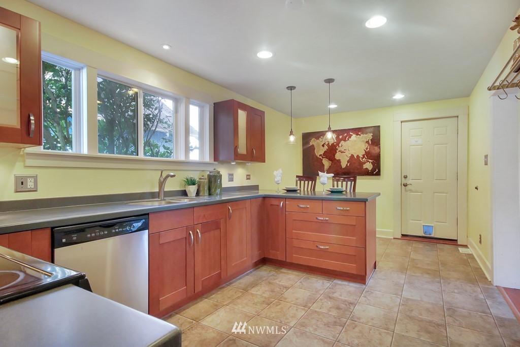 Sold Property   4419 N 9th Street Tacoma, WA 98406 11