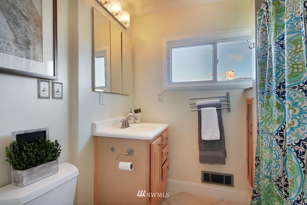 Sold Property   4419 N 9th Street Tacoma, WA 98406 16