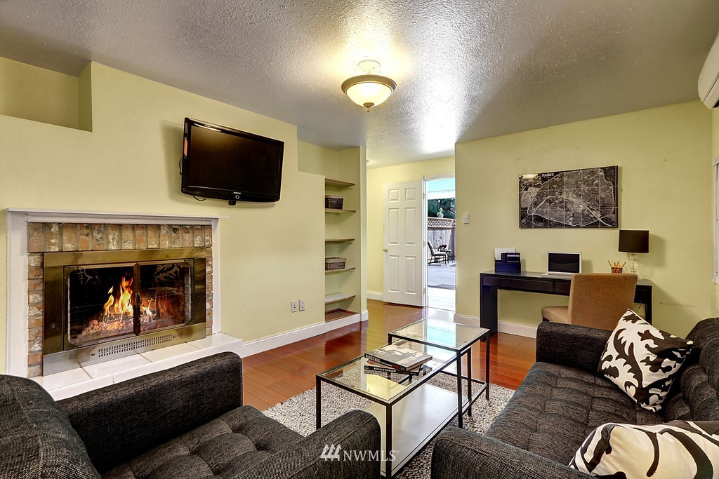 Sold Property | 4913 Vista Place Everett, WA 98203 11