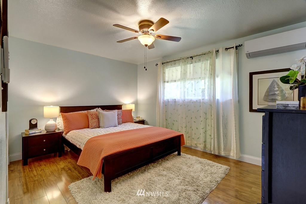 Sold Property | 4913 Vista Place Everett, WA 98203 13