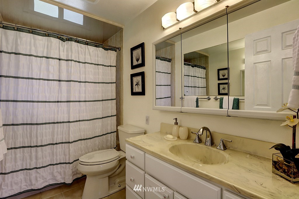 Sold Property | 4913 Vista Place Everett, WA 98203 14