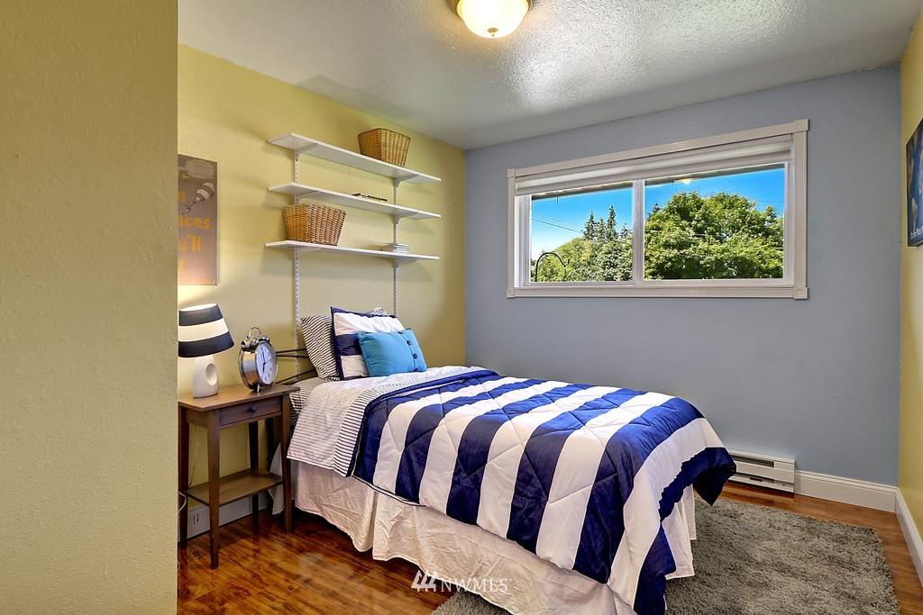 Sold Property | 4913 Vista Place Everett, WA 98203 16