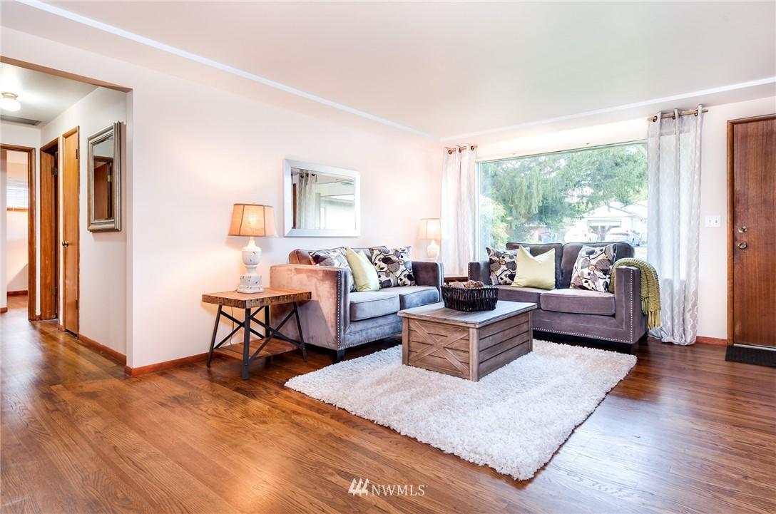 Sold Property   501 N 141st Street Seattle, WA 98133 3