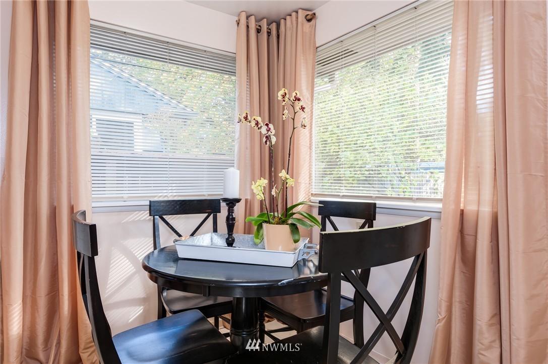 Sold Property   501 N 141st Street Seattle, WA 98133 8