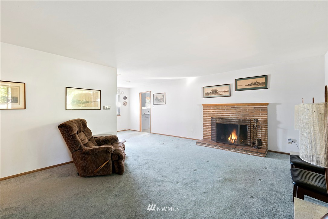 Sold Property | 5508 N 18th Street Tacoma, WA 98406 2