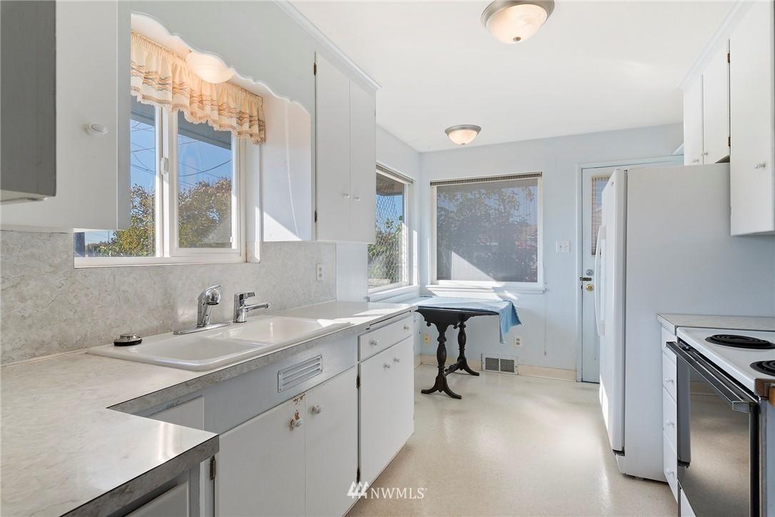 Sold Property | 5508 N 18th Street Tacoma, WA 98406 6