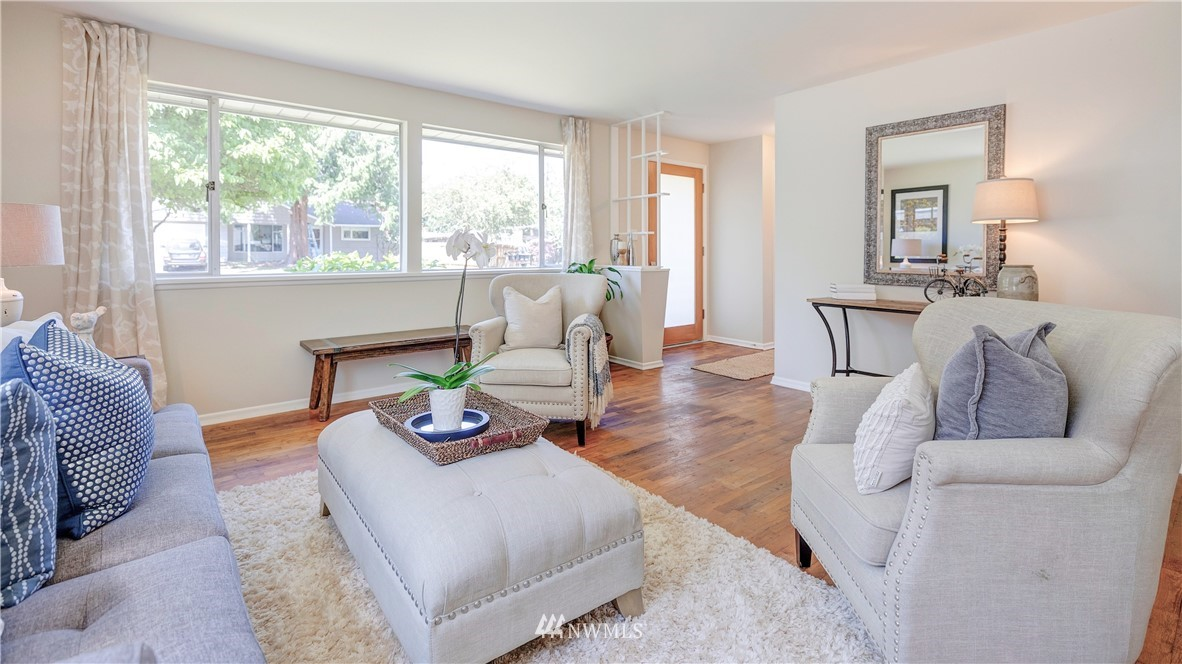 Sold Property   1241 N 172nd Street Shoreline, WA 98133 3