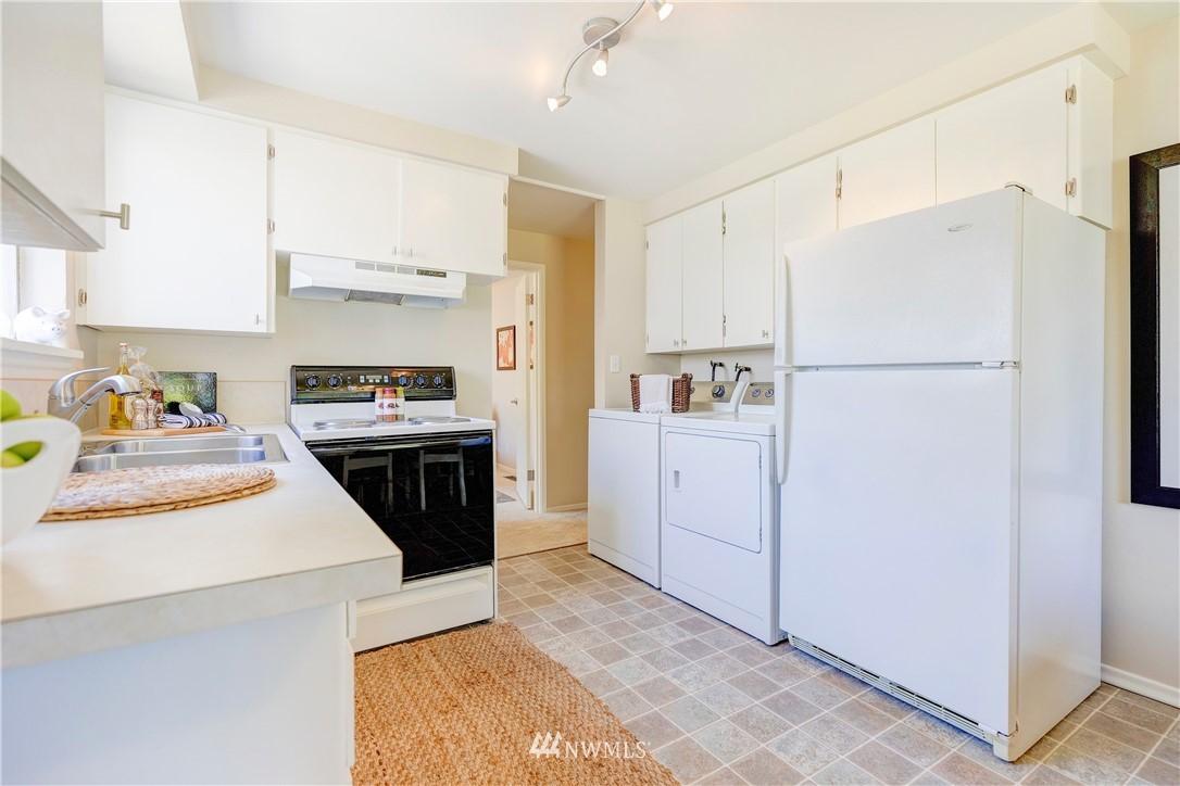Sold Property   1241 N 172nd Street Shoreline, WA 98133 8
