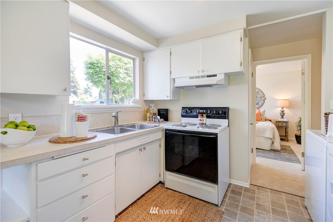 Sold Property   1241 N 172nd Street Shoreline, WA 98133 9