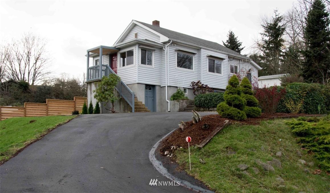 Sold Property | 7303 7th Avenue SW Seattle, WA 98106 0