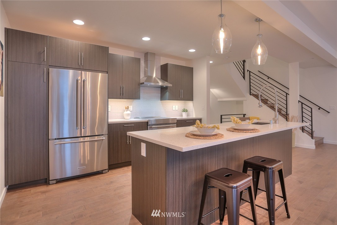 Sold Property | 5757 NE 63rd Street Seattle, WA 98115 3