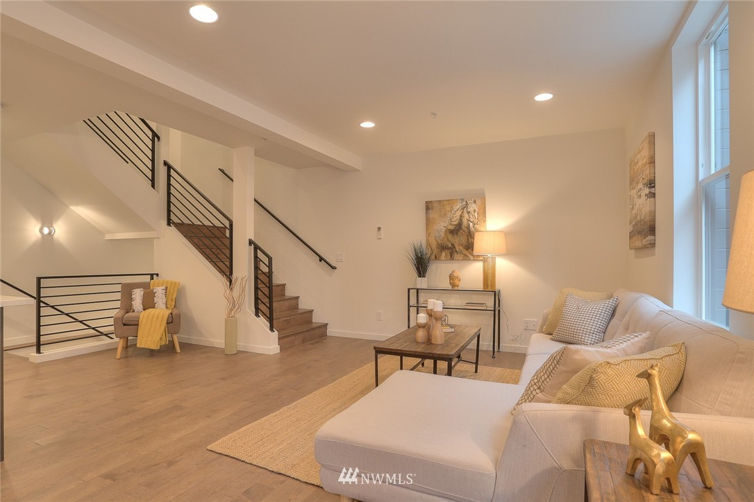 Sold Property | 5757 NE 63rd Street Seattle, WA 98115 6