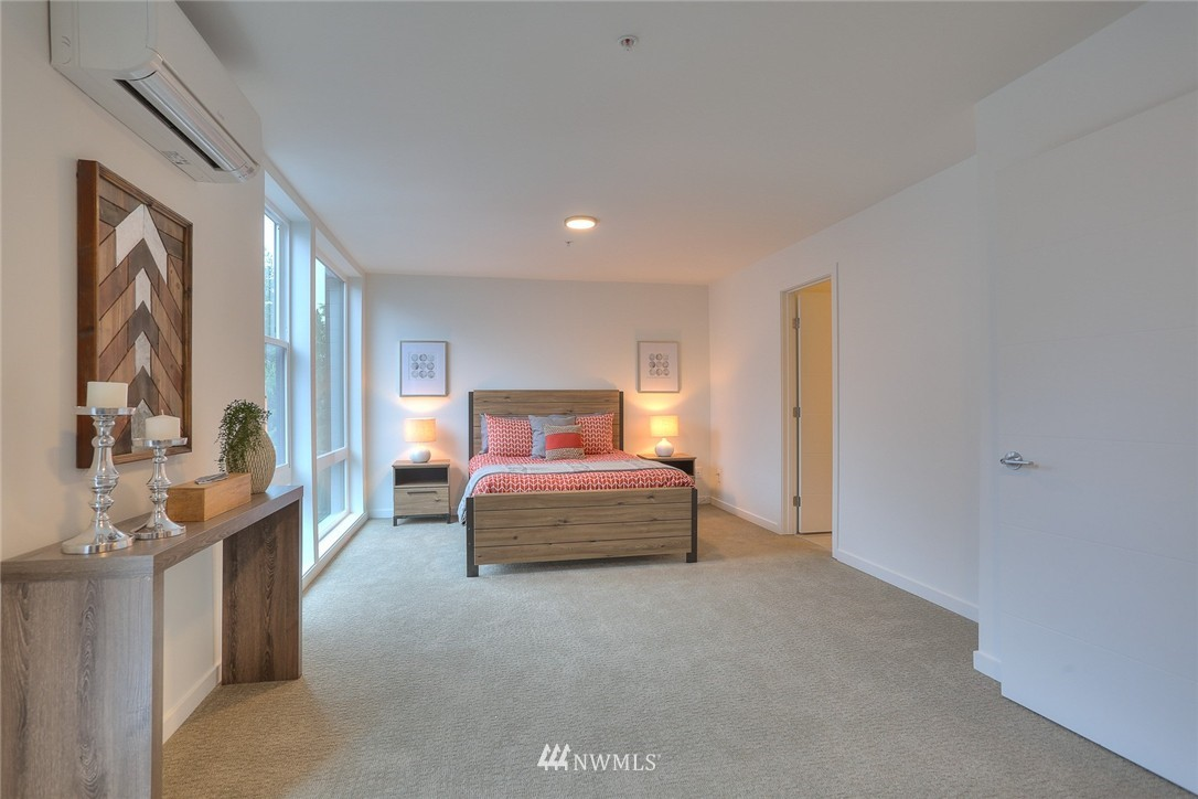 Sold Property | 5757 NE 63rd Street Seattle, WA 98115 15