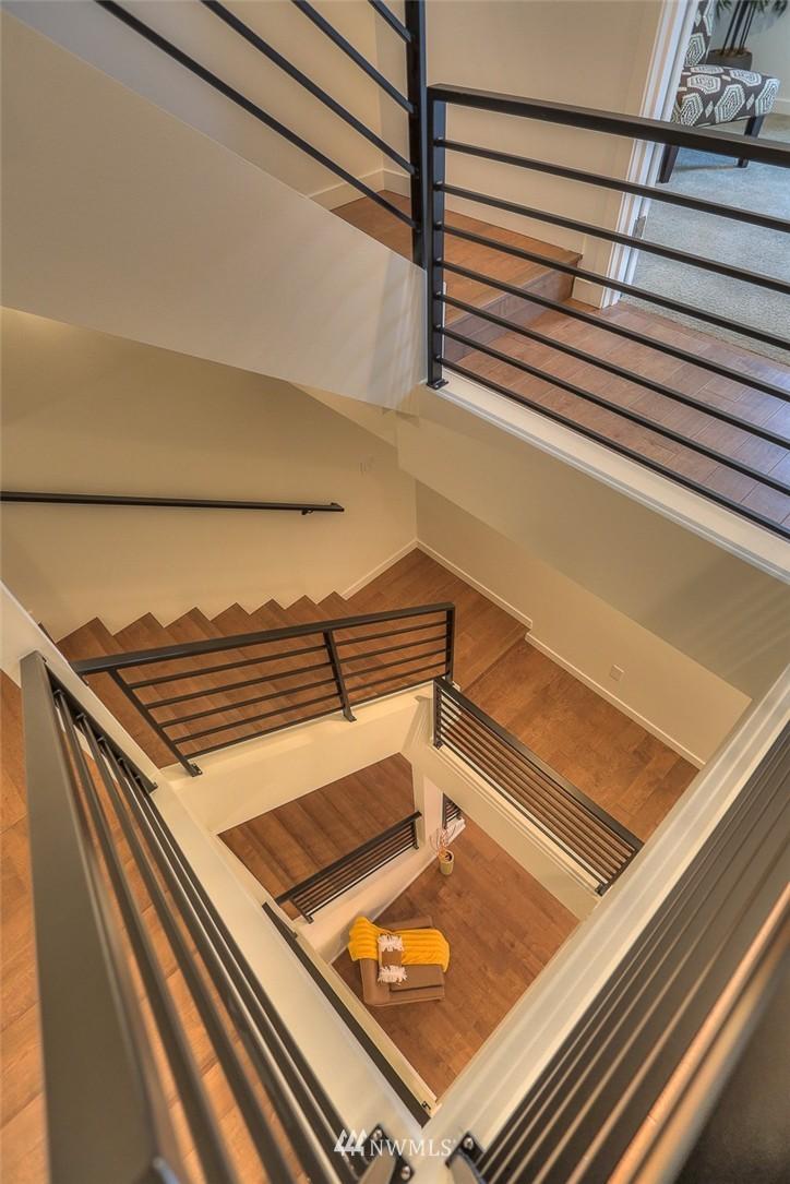 Sold Property | 5757 NE 63rd Street Seattle, WA 98115 10