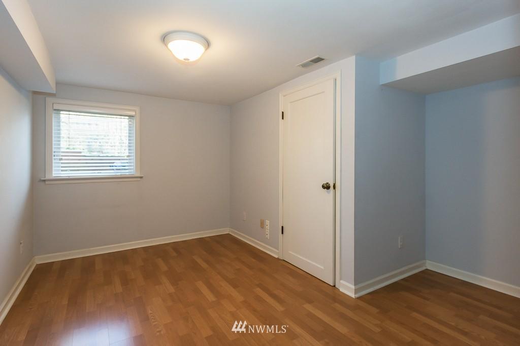 Sold Property | 9416 42nd Avenue NE Seattle, WA 98115 10