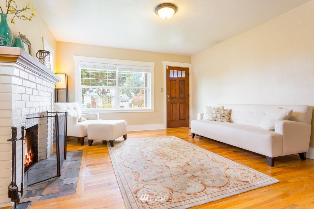 Sold Property   7752 14th Avenue NW Seattle, WA 98117 2