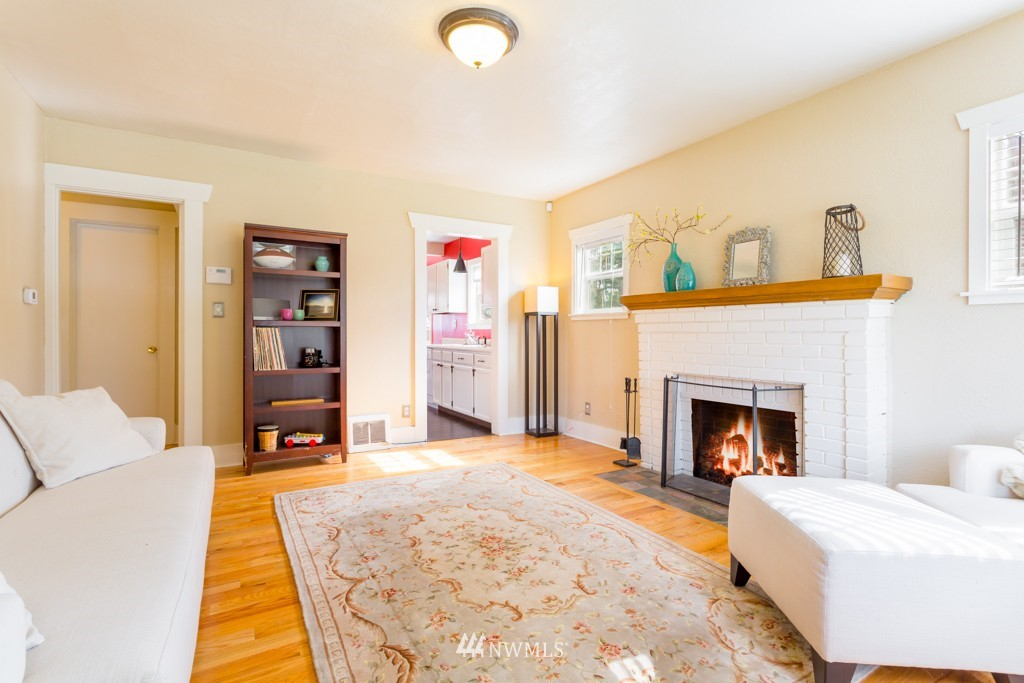 Sold Property   7752 14th Avenue NW Seattle, WA 98117 3