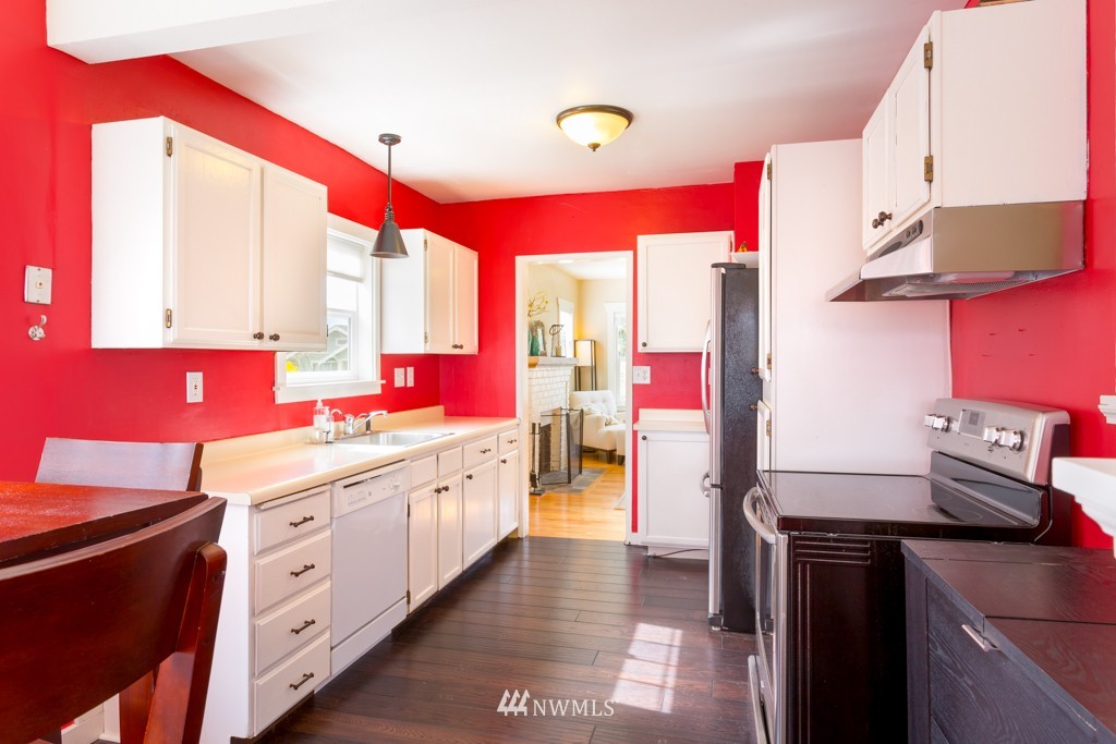 Sold Property   7752 14th Avenue NW Seattle, WA 98117 4