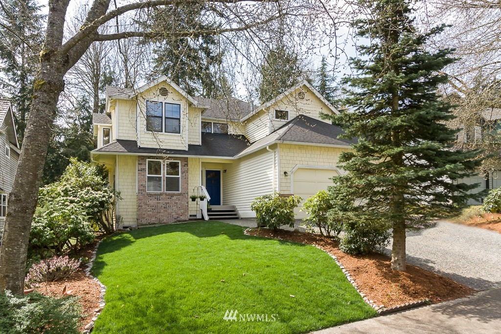Sold Property | 2607 NE 184th Place Lake Forest Park, WA 98155 0