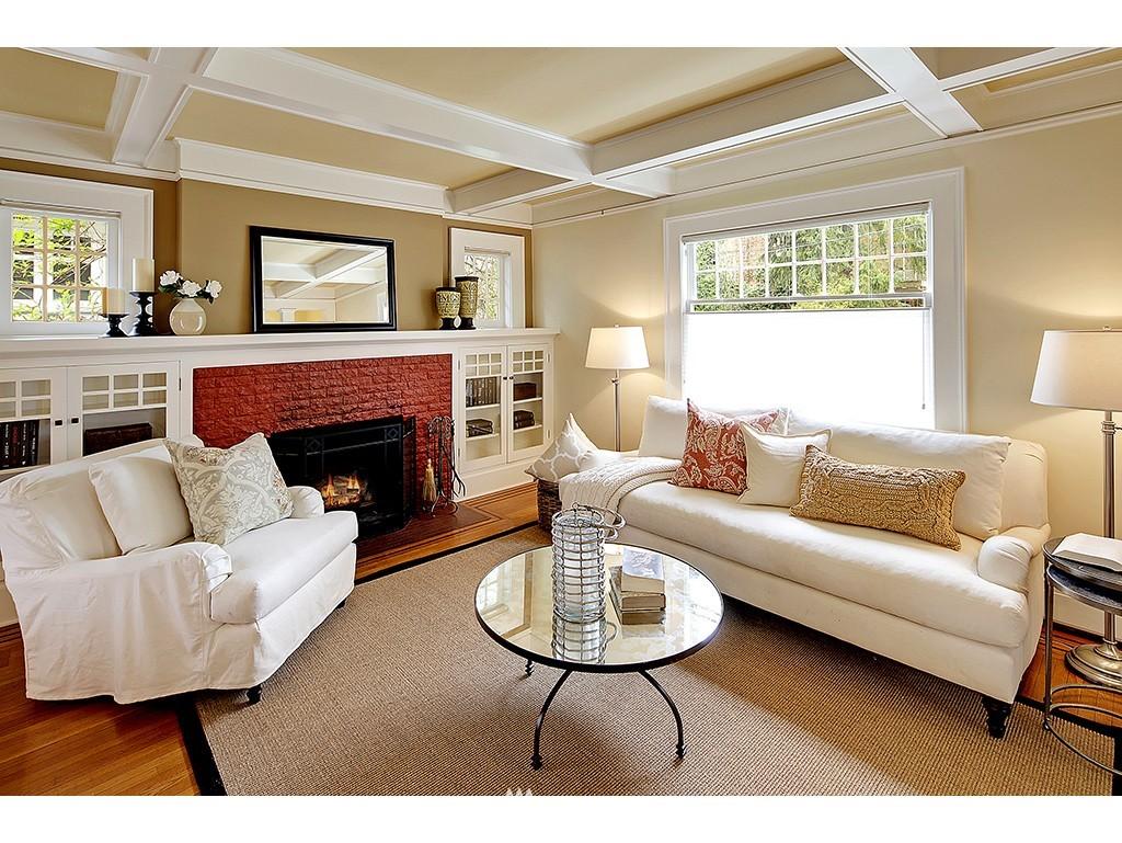 Sold Property | 4608 Eastern Avenue N Seattle, WA 98103 1