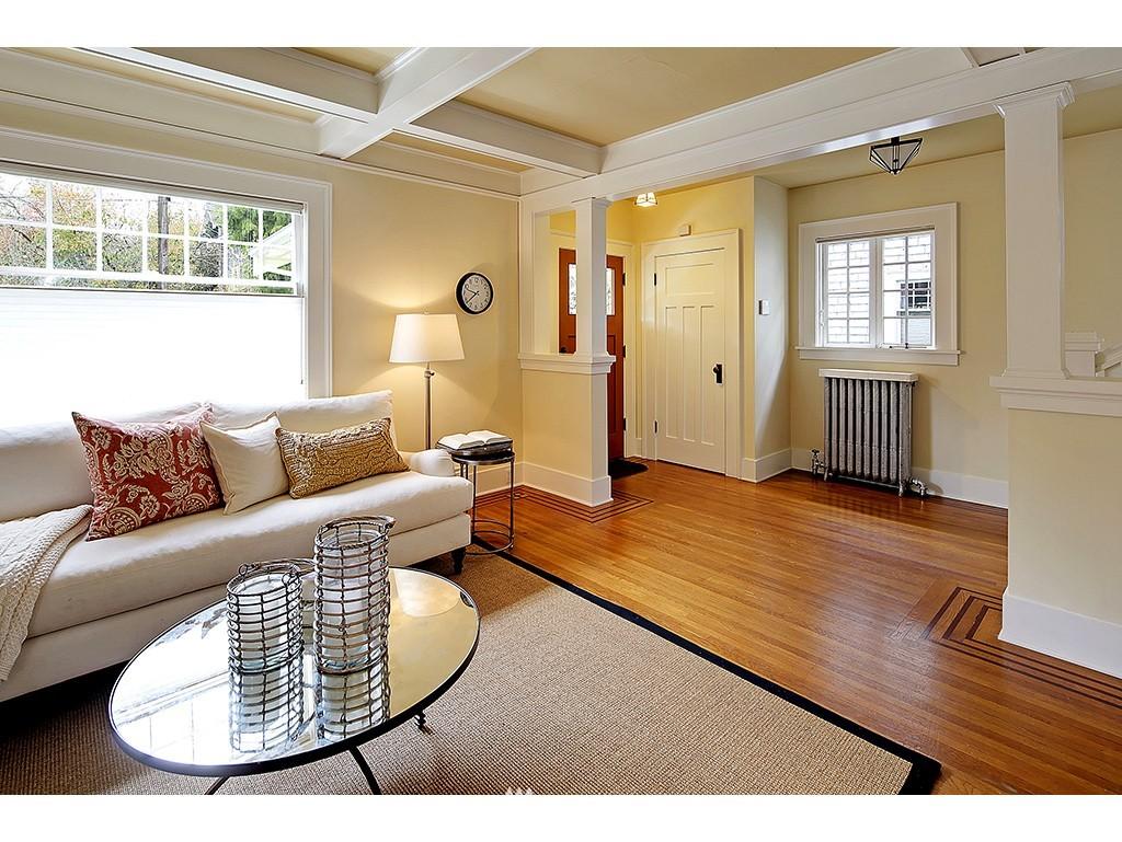 Sold Property | 4608 Eastern Avenue N Seattle, WA 98103 2