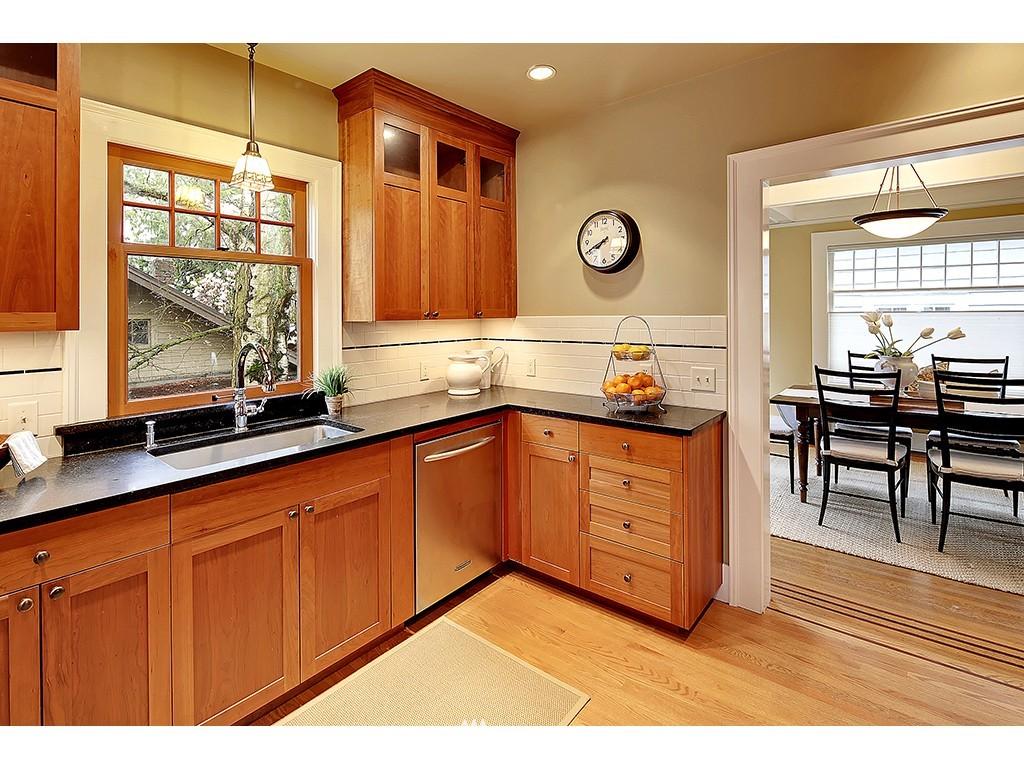 Sold Property | 4608 Eastern Avenue N Seattle, WA 98103 4