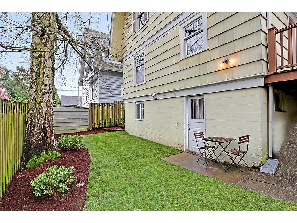 Sold Property | 4608 Eastern Avenue N Seattle, WA 98103 14