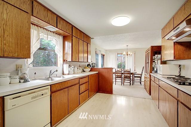 Sold Property   2601 21st Avenue S Seattle, WA 98144 3