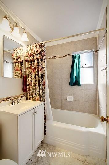 Sold Property   2601 21st Avenue S Seattle, WA 98144 9