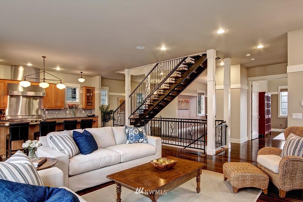 Sold Property | 5726 Kirkwood Place N Seattle, WA 98103 5