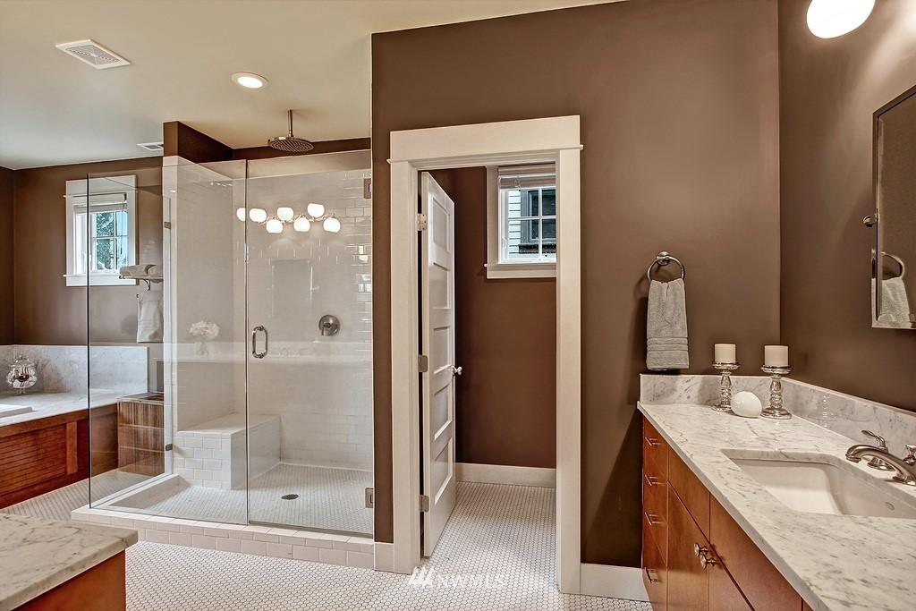 Sold Property | 5726 Kirkwood Place N Seattle, WA 98103 11
