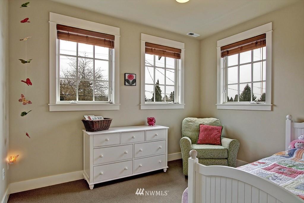 Sold Property | 5726 Kirkwood Place N Seattle, WA 98103 15