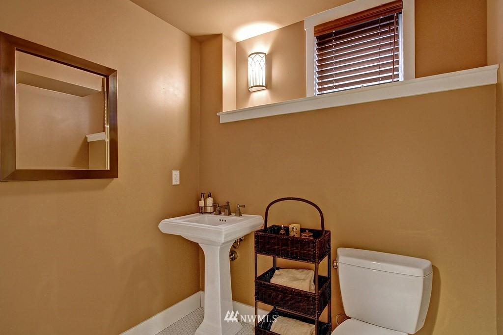 Sold Property | 5726 Kirkwood Place N Seattle, WA 98103 21