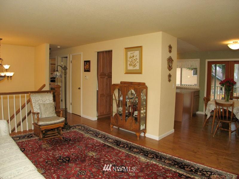 Sold Property | 1703 N 160th Street Shoreline, WA 98133 5