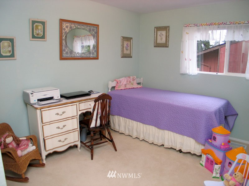 Sold Property | 1703 N 160th Street Shoreline, WA 98133 7