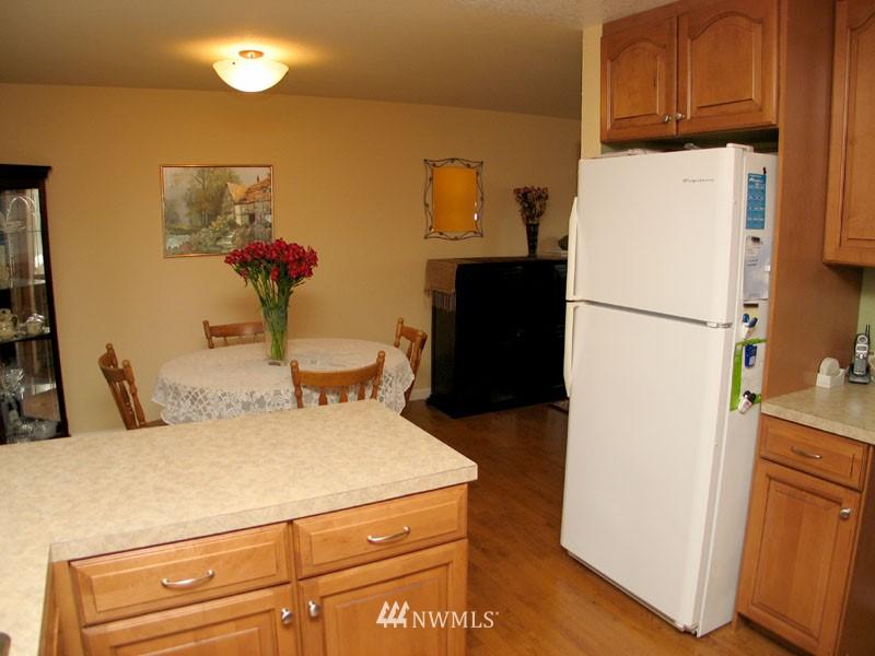 Sold Property | 1703 N 160th Street Shoreline, WA 98133 4