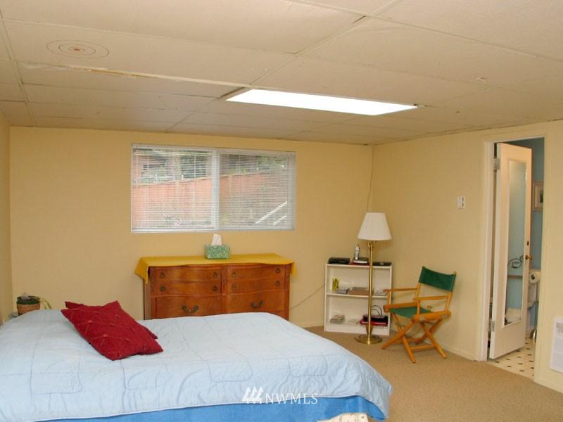 Sold Property | 1703 N 160th Street Shoreline, WA 98133 10